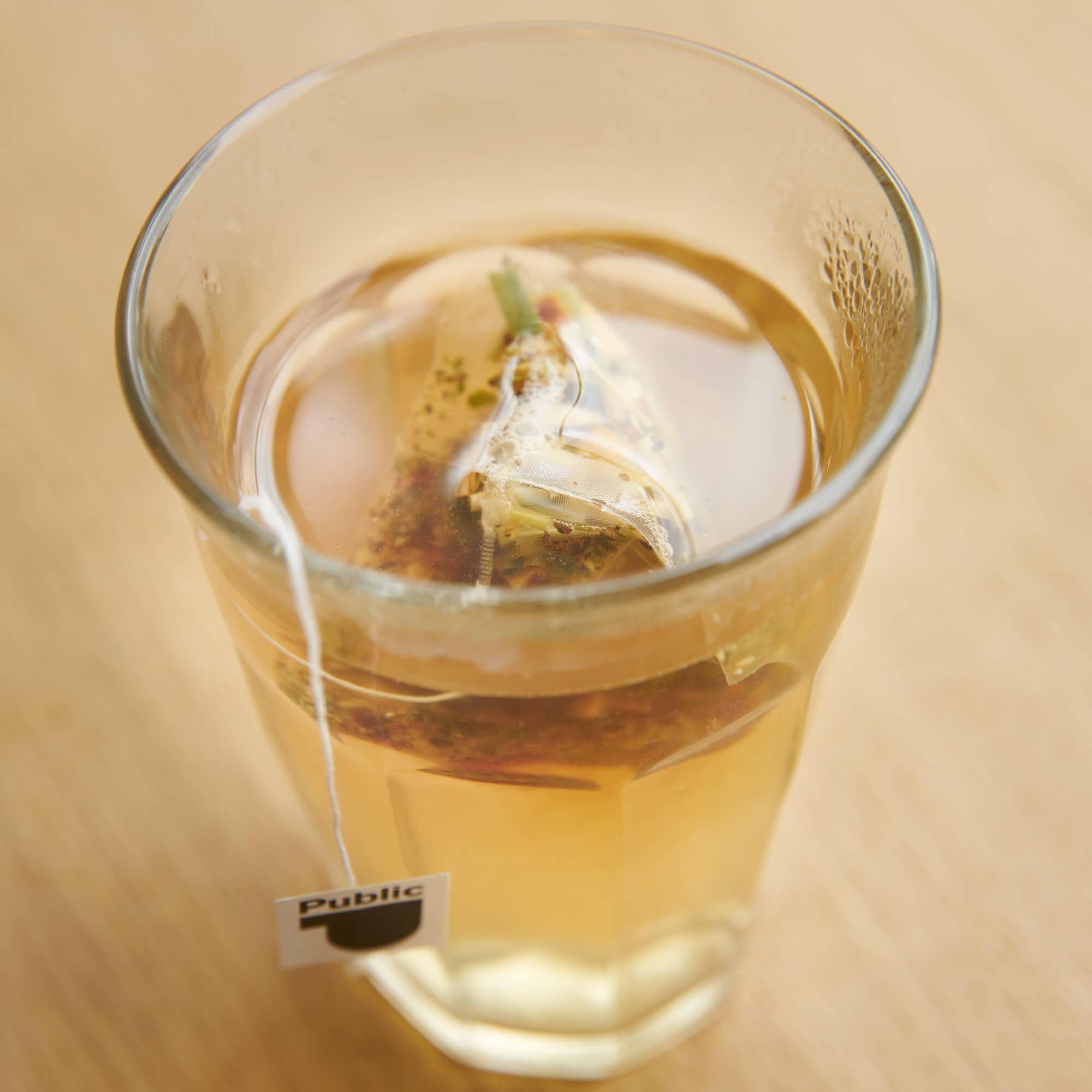 Tee (verschiedene Sorten)
